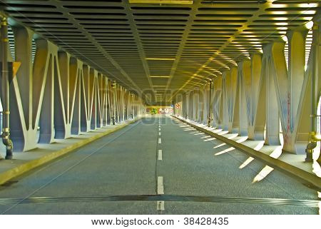 Double-deck bridging