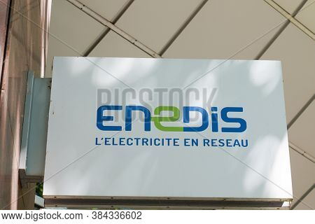 Bordeaux , Aquitaine / France - 09 01 2020 : Enedis Edf Logo Sign Of Electricity Distribution Networ