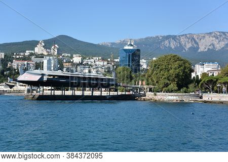 Yalta, Crimea September 6, 2017: View Of The City Of Yalta From The Sea