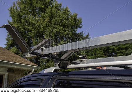 Car Holder Kaykas Car With Kayak Holders On Roof-racks