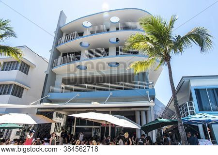 Miami Beach, Florida - May 19, 2019: Ocean Drive Hotels Cafe,and Buildings In Miami Beach, Florida.