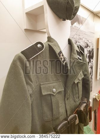Russia, Chelyabinsk, 08/10/2020 Close-up Of A Museum Exhibit Of A Military Uniform From The Second W