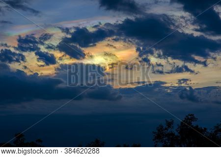 Beautiful Irisation,rainbow Clouds,sky Beautiful,colorful Clouds In The Overcast Sky,iridescent Clou