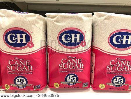 Alameda, Ca - Sept 9, 2020: Grocery Store Shelf With Four Pound Bags Of C&h Brand Pure Cane Sugar. G