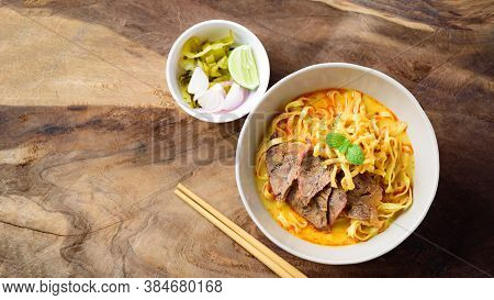 Northern Thai Food (khao Soi), Spicy Curry Noodles Soup With Beef Eating With Pickled Mustard, Shall