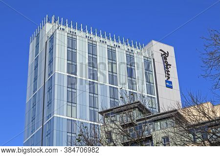 Bristol, Uk - 3 December, 2014: The Radisson Blu Hotel. The Building Was Formerly The Headquarters O