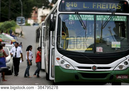 Salvador, Bahia / Brazil - January 12, 2015: Passengers Are Seen Next To Buses At Lapa Station In Sa