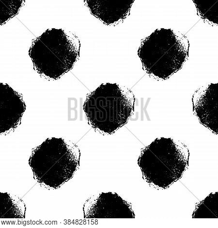 Mono Print Style Grunge Circles Seamless Vector Pattern Background. Black And White Textured Stamp E
