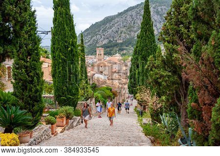 Mallorca, Spain - September 2018: Calvary Stairs In Pollensa Town