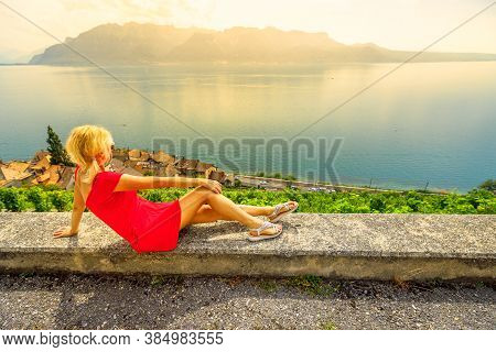 Tour Wine Tasting With Panoramic Landscape At Sunset In Lavaux Vineyard Terraces And Lake Geneva Or