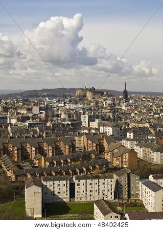 Edinburgh Cityscape, Tall Clouds