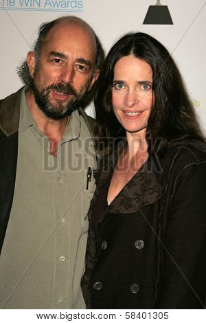 LOS ANGELES - NOVEMBER 1: Richard Schiff and Sheila Kelley at the 2006 Women's Image Network Gala Honoring Senator Barbara Boxer at Wadsworth Theater on November 1, 2006 in Los Angeles, CA.