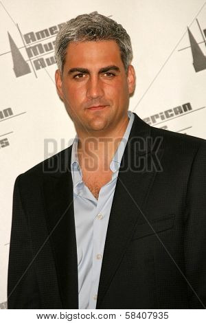 LOS ANGELES - NOVEMBER 21: Taylor Hicks in the press room at the 34th Annual American Music Awards at Shrine Auditorium on November 21, 2006 in Los Angeles, CA.