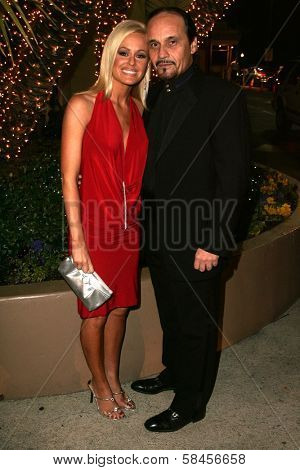LOS ANGELES - DECEMBER 31: Katie Lohmann and Charles McClendon at the Gridlock New Years Eve 2007 Party on December 31, 2006 at Paramount Studios, Los Angeles, CA.