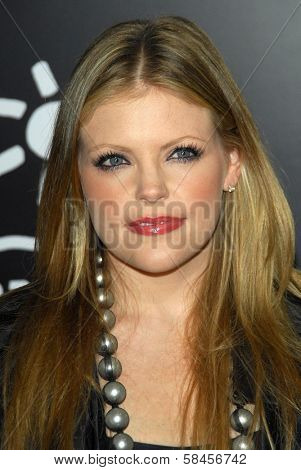 HOLLYWOOD - DECEMBER 13: Natalie Maines at the world premiere of
