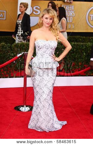 Kelli Garner at the 19th Annual Screen Actors Guild Awards Arrivals, Shrine Auditorium, Los Angeles, CA 01-27-13