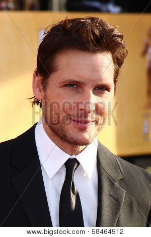 Peter Facinelli at the 19th Annual Screen Actors Guild Awards Arrivals, Shrine Auditorium, Los Angeles, CA 01-27-13
