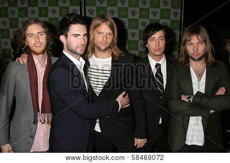 LOS ANGELES - NOVEMBER 08: Maroon 5 at the 16th Annual Environmental Media Association Awards at Wilshire Ebell Theatre November 08, 2006 in Los Angeles