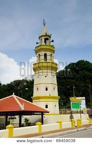 MALACCA, MALAYSIA - NOVEMBER, 2013: Duyong Mosque located at Kampung Duyong, Malacca. It was built trough voluntarily by the people in 1850. The minaret built by the side of mosque in 1908 was used for azan. poster