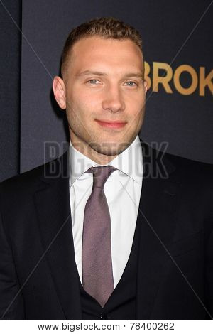 LOS ANGELES - DEC 15:  Jai Courtney at the