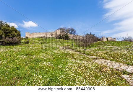 paved path to Platamon fortress