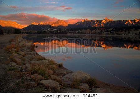 Lake Estes Sunrise With Mountains