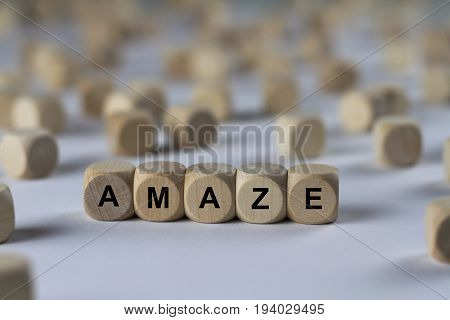 Amaze - Cube With Letters, Sign With Wooden Cubes