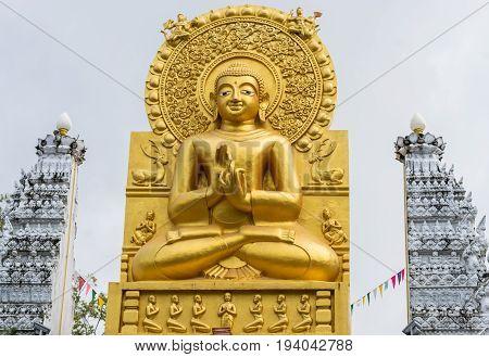Gold Buddha statue Wat Pra MahaThat Nakhon Si Thammarat Thailand