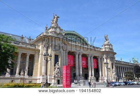 Grand Palais Des Champs-elysees, Paris