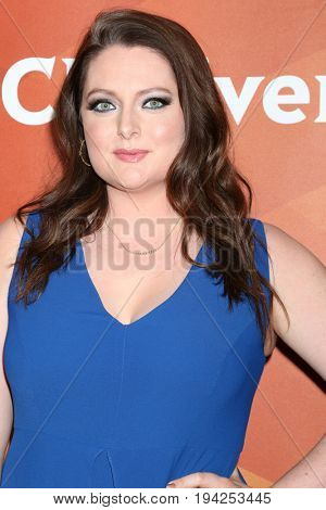 LOS ANGELES - MAR 20:  Lauren Ash at the NBCUniversal Summer Press Day at Beverly Hilton Hotel on March 20, 2017 in Beverly Hills, CA