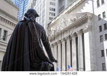 George Washington Observing The New York Stock Exchange Building