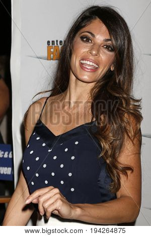 LOS ANGELES - JUL 6:  Lindsay Hartley at the Garlic And Gunpowder Premiere at the TCL Chinese 6 Theaters on July 6, 2017 in Los Angeles, CA