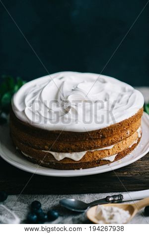 Layered sponge cake making