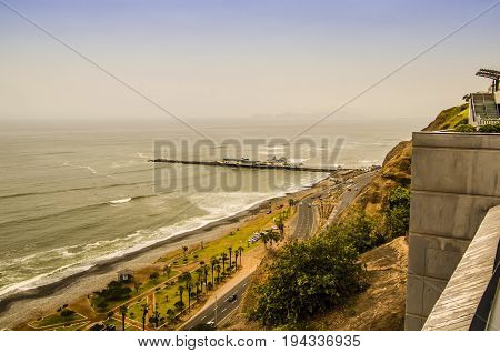 Views from the Miraflores neighborhood to the Pacific beaches from the cliffs.