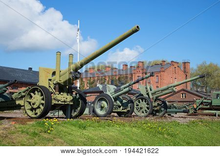 HAMENENLINNA, FINLAND - JUNE 10, 2017: Exposition of artillery pieces in the military museum of the city of Hameenlinna