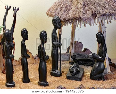 Nativity Scene From Tanzania  With The Holy Family With Figures