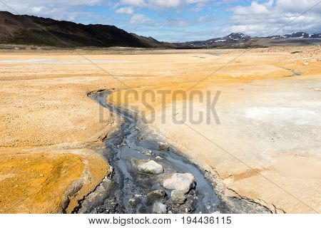 The area has a lot of geothermal energy which shows itself in the form of bubbling pools of grey mud and sulphur
