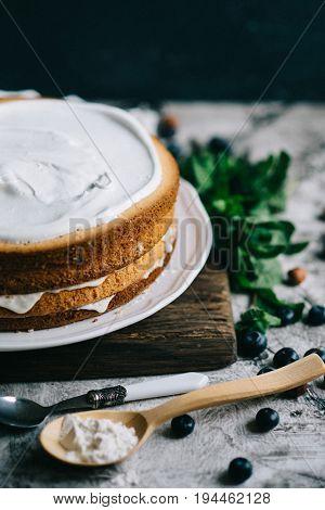 Layered sponge cake making