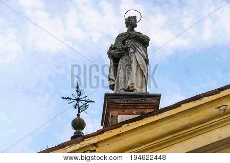 Monselice, Italia - June, 27, 2017: sculptures on a church in a center of Monselice, North Italia