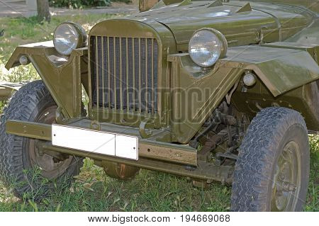 the Retro second world war period car