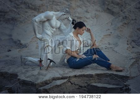 Sculptor's wife was thinking during the creation of her own sculpture.