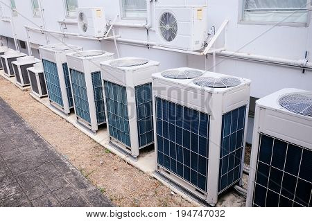 There Are Many Type Of Condensing Unit