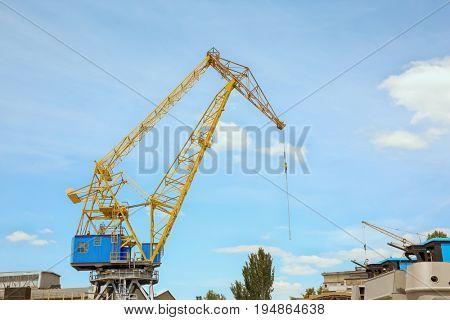 Hoisting crane in sea port