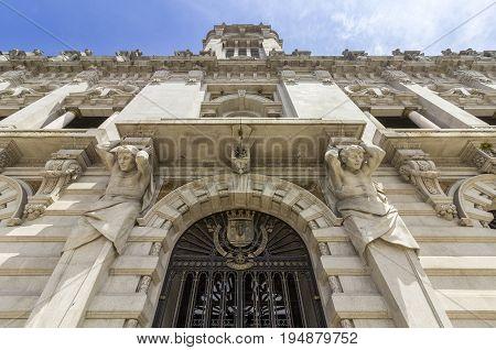 Porto City Hall facade perspective at Avenida dos Aliados. A Neoclassical building designed by the architect Antonio Correia da Silva. Porto Portugal.