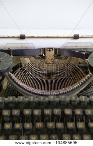 Reporter Retro Typewriter