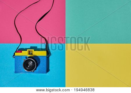 Fashion Film Camera. Hot Summer Vibes. Pop Art. Creative Retro Design camera. Hipster Set, Trendy Accessories. Sunny summer Still life. Bright Sweet fashion Style. Minimal Fun. Vanilla Pastel Colors