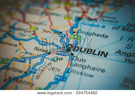 Dublin On The Map, Atlases And Tourist Guides For Tourists