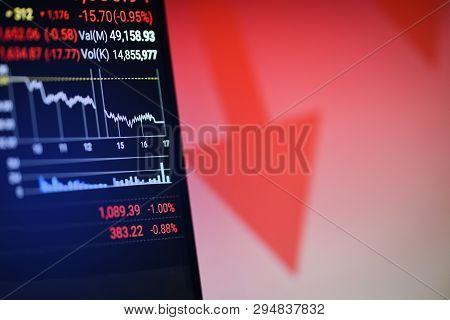 Stock Crisis Red Price Drop Arrow Down Chart Fall On Mobile Screen / Stock Market Exchange Analysis