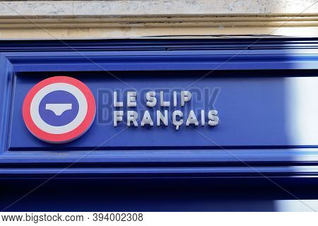 Bordeaux , Aquitaine / France - 11 08 2020 : Le Slip Francais Sign And Text Logo Of Underwear Men Br