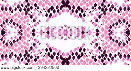 Seamless Cobra Pattern. Pink And White Rapport. Fashion Exotic Background. Serpent Leather Wild Surf